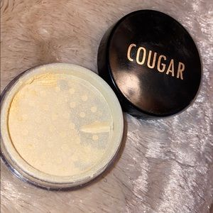 Cougar mineral face and body shimmer:diamond kiss